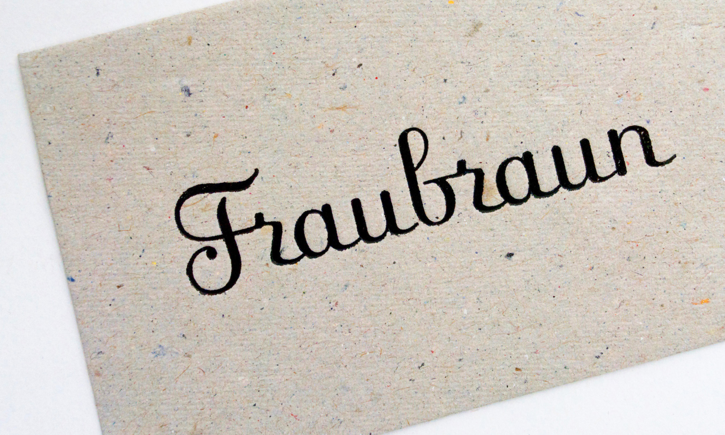 Fraubraun-LR.jpg